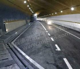 海南三亚绕城高速凤凰隧道防火涂料涂装